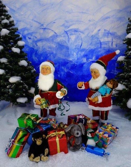 wichtel-verpacken-weihnachtsgeschenke-2