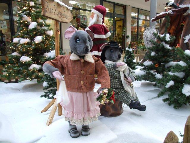 der-weihnachtsmann-besucht-das-zwergenland05